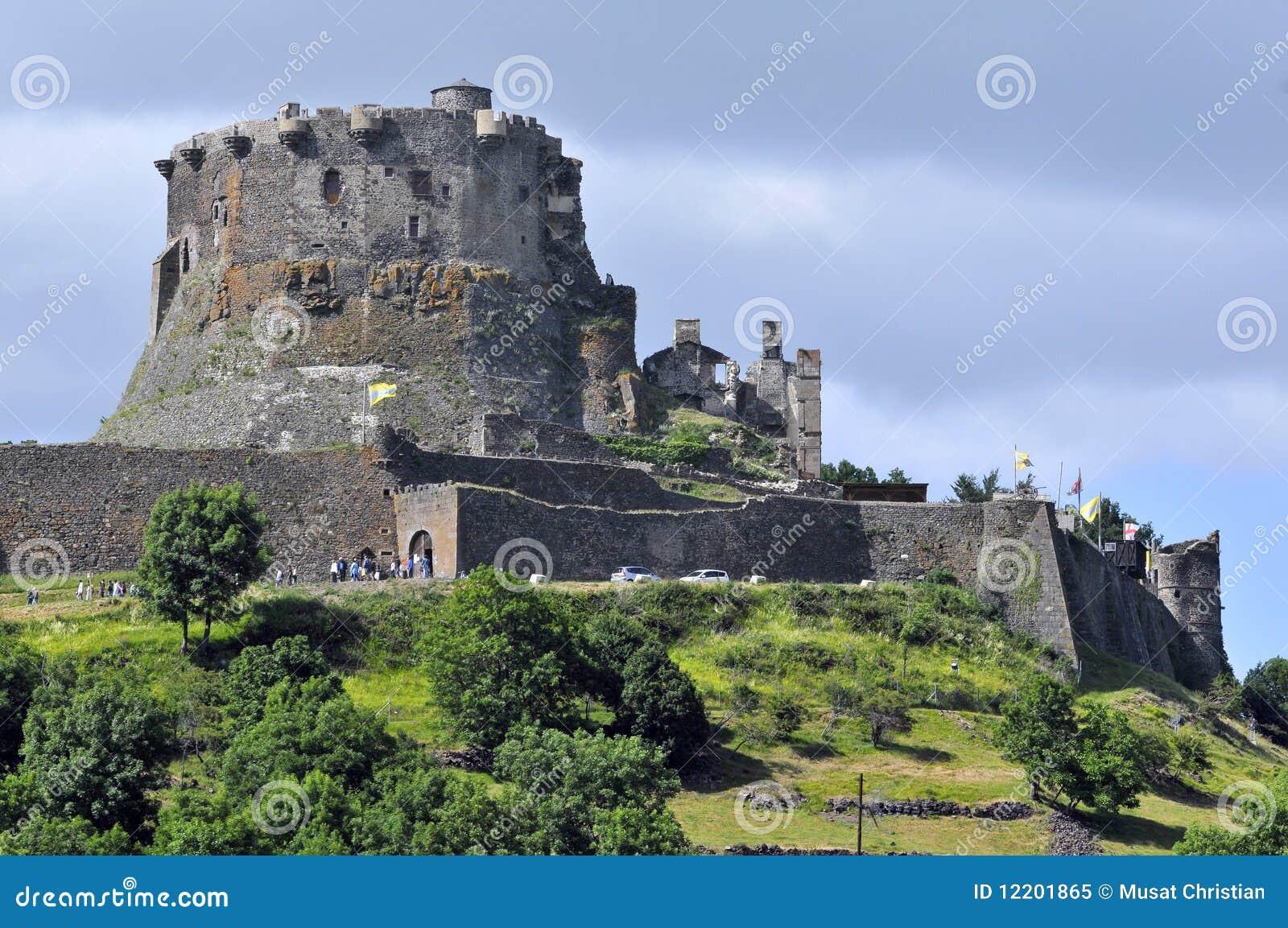 Schloss von Murol in Mittelfrankreich