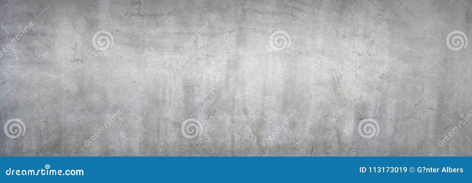 Schmutzige graue Betonmauer