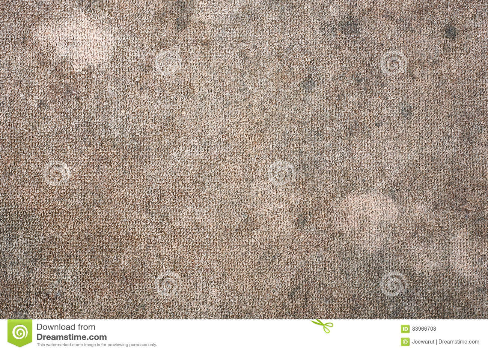 Schmutziger Teppich