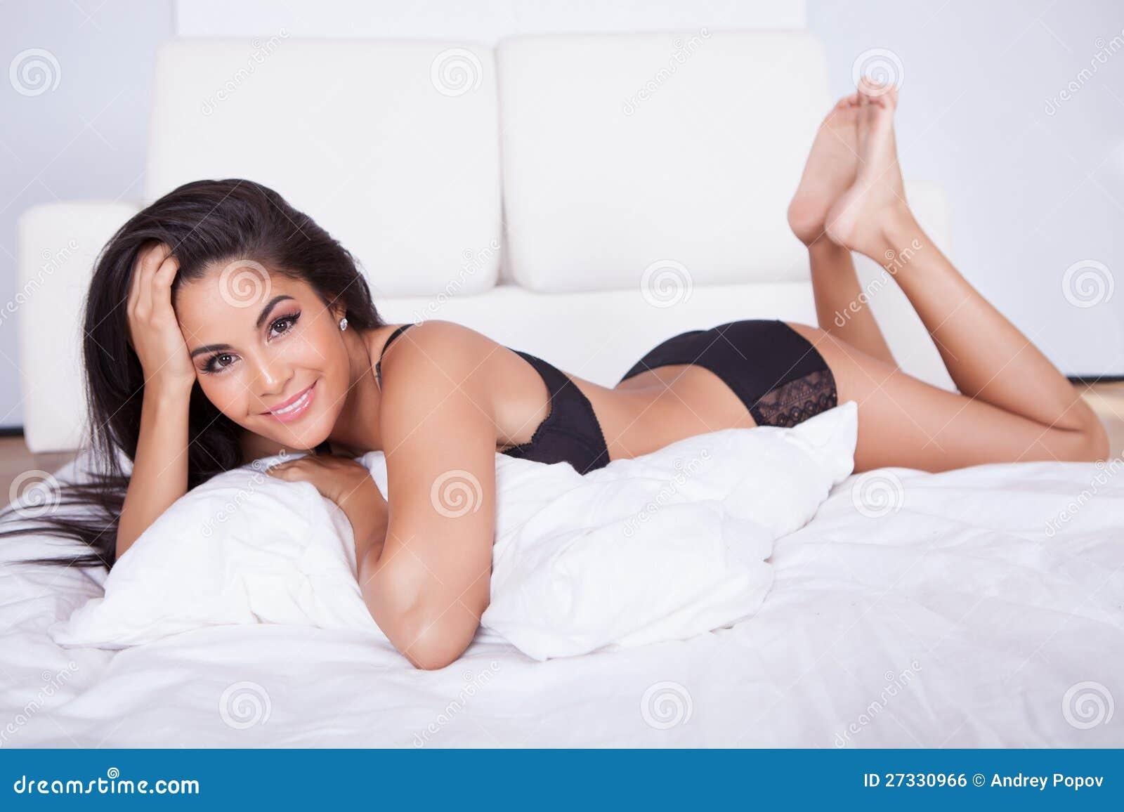 escort girl cuba tuttar bilder