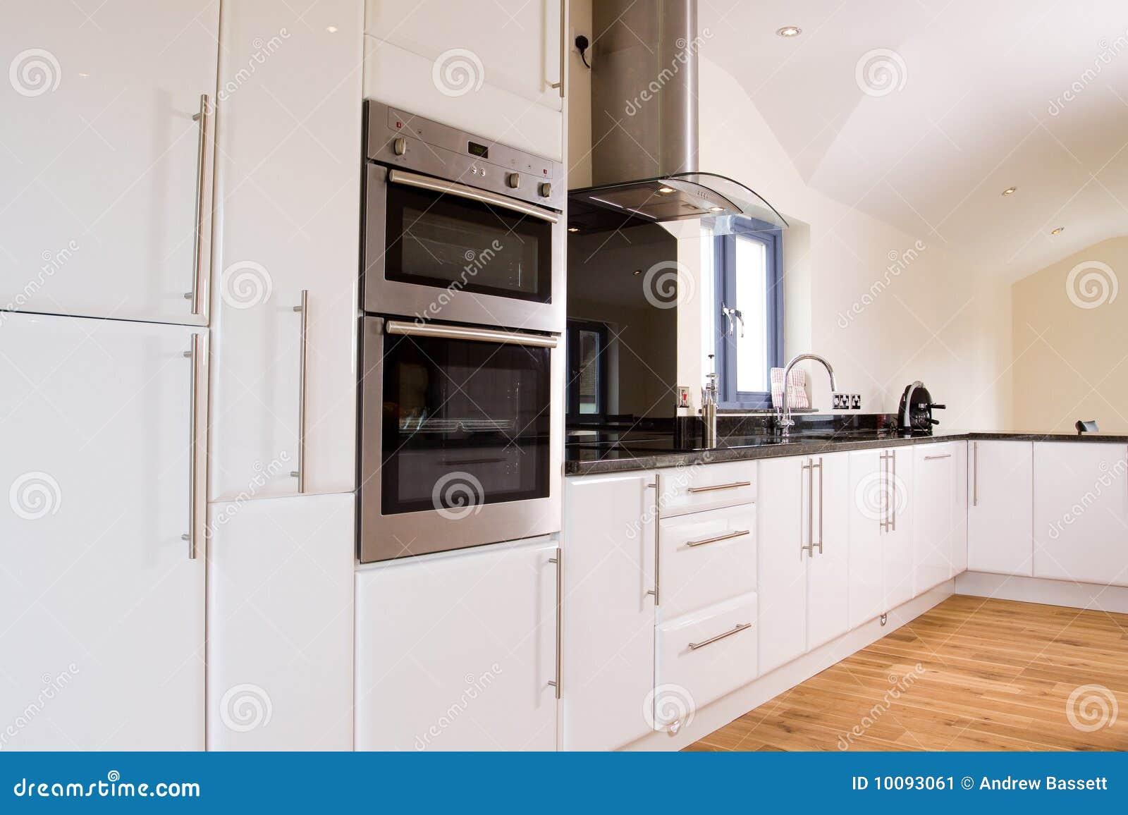 sch ne moderne k che stockbild bild 10093061. Black Bedroom Furniture Sets. Home Design Ideas