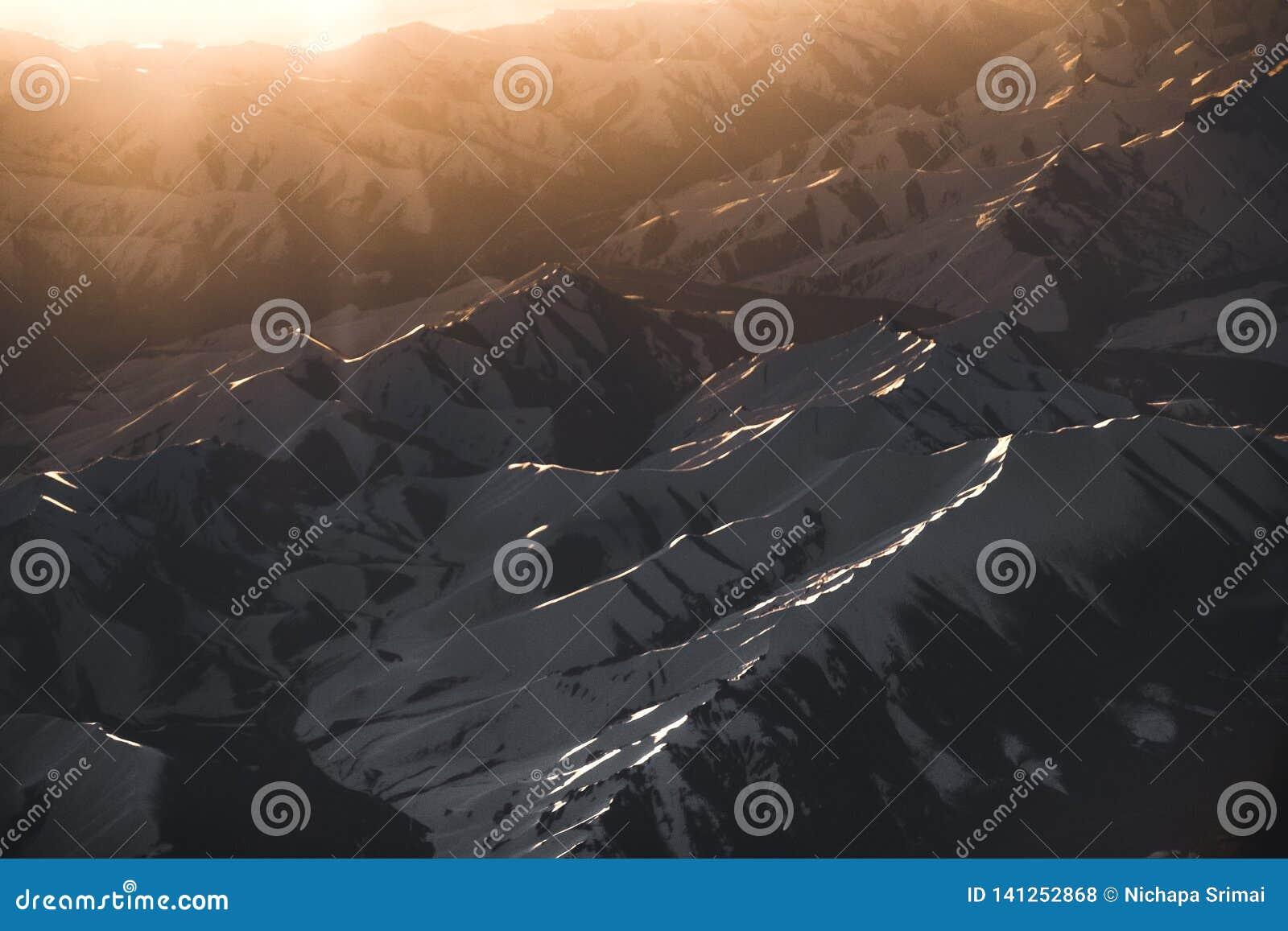 Schnee Mountain View von Bezirk Leh Ladakh, Northerteil von Indien