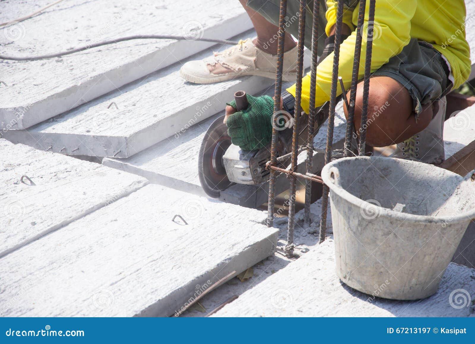 schneiden sie betonplatte stockbild. bild von gebrochen - 67213197