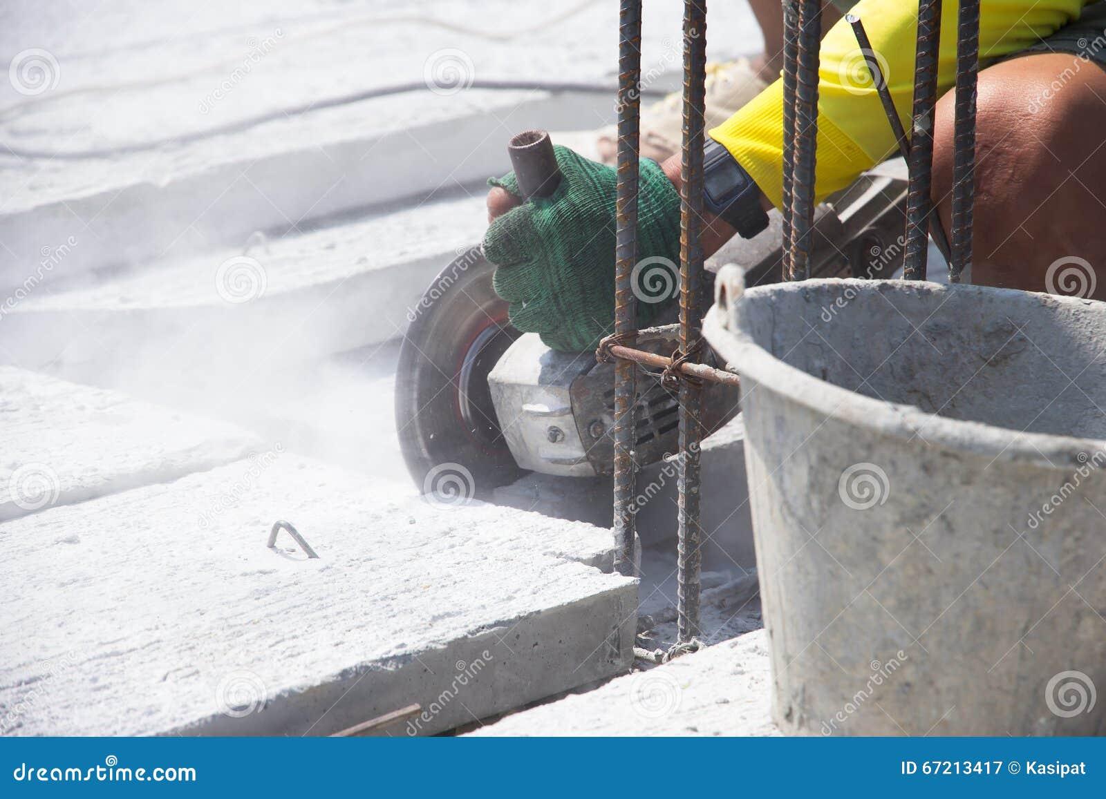 schneiden sie betonplatte stockbild. bild von konkret - 67213417