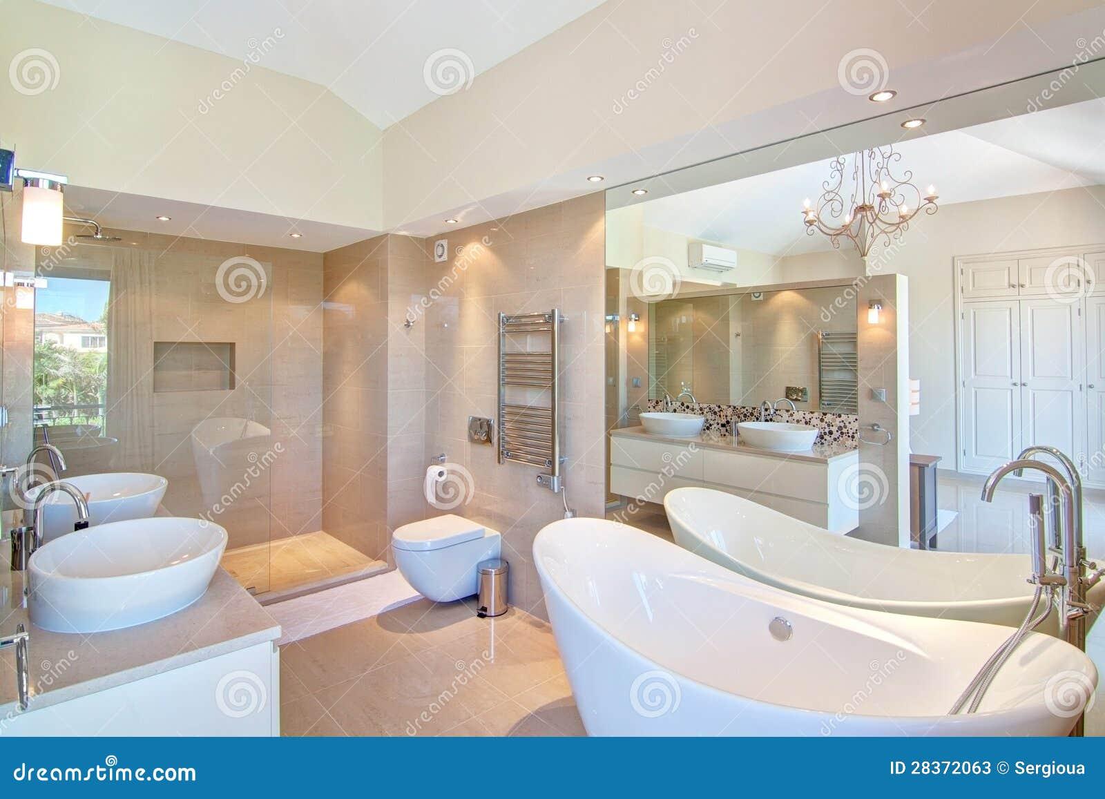 schönes dekoratives badezimmer. stockfotos - bild: 28372063
