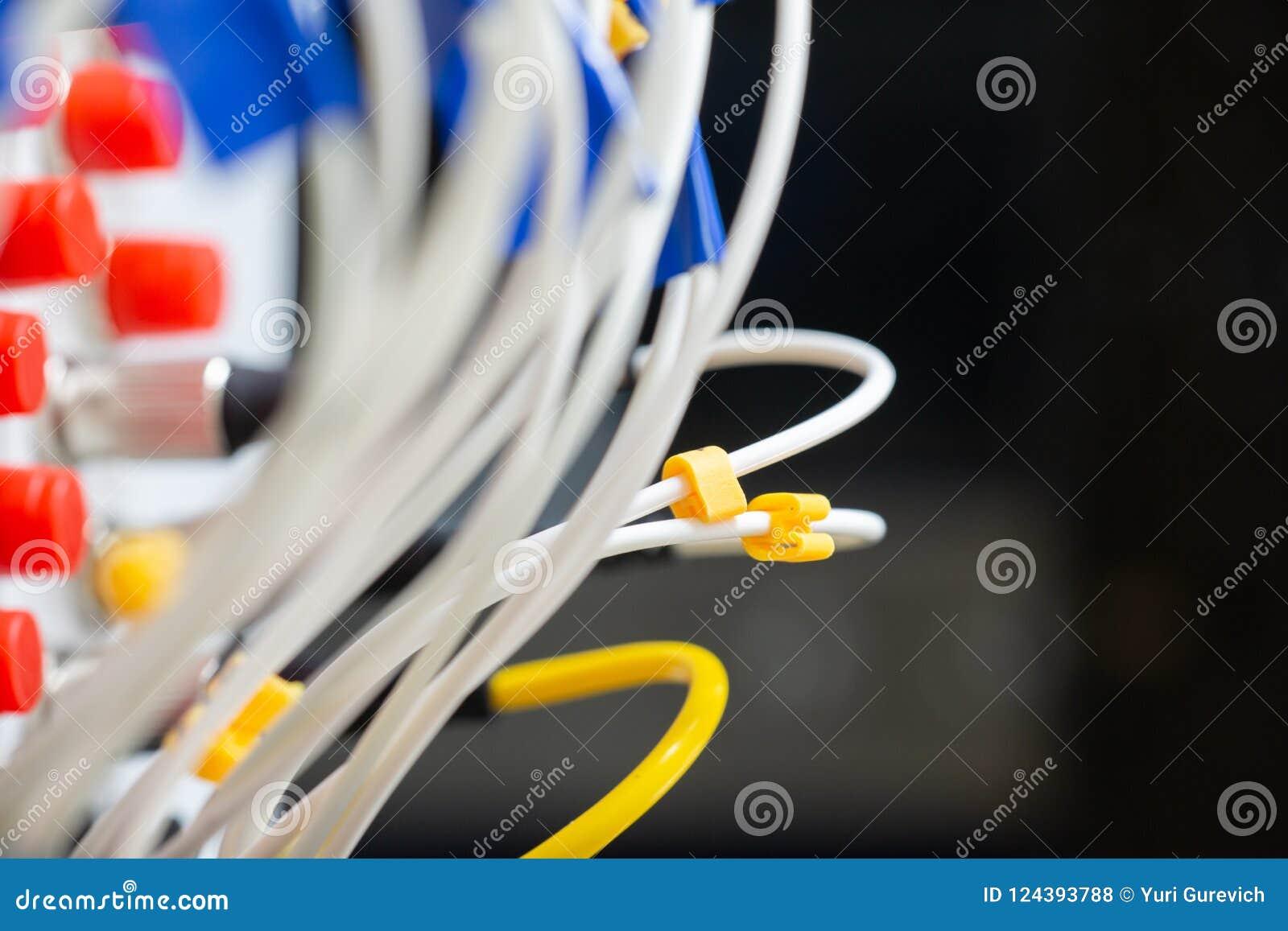 Schnittstelle optischer Zusammenfassung Telekommunikation der Lochkartengeräte verwischte Bild für Gebrauch als Hintergrund
