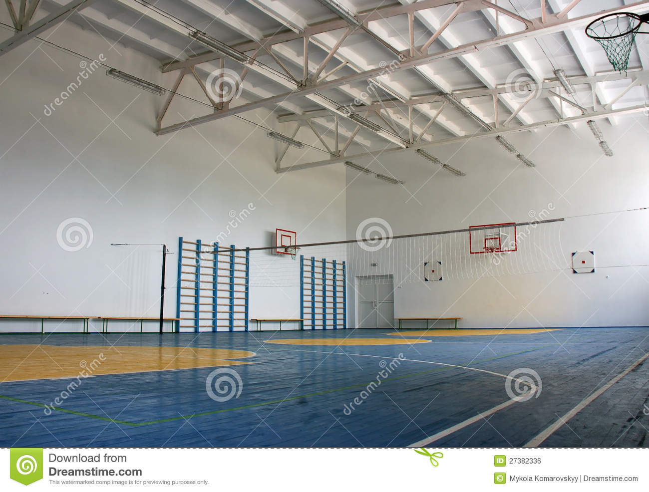 School gym indoor royalty free stock image image 27382336 for Free inside basketball courts