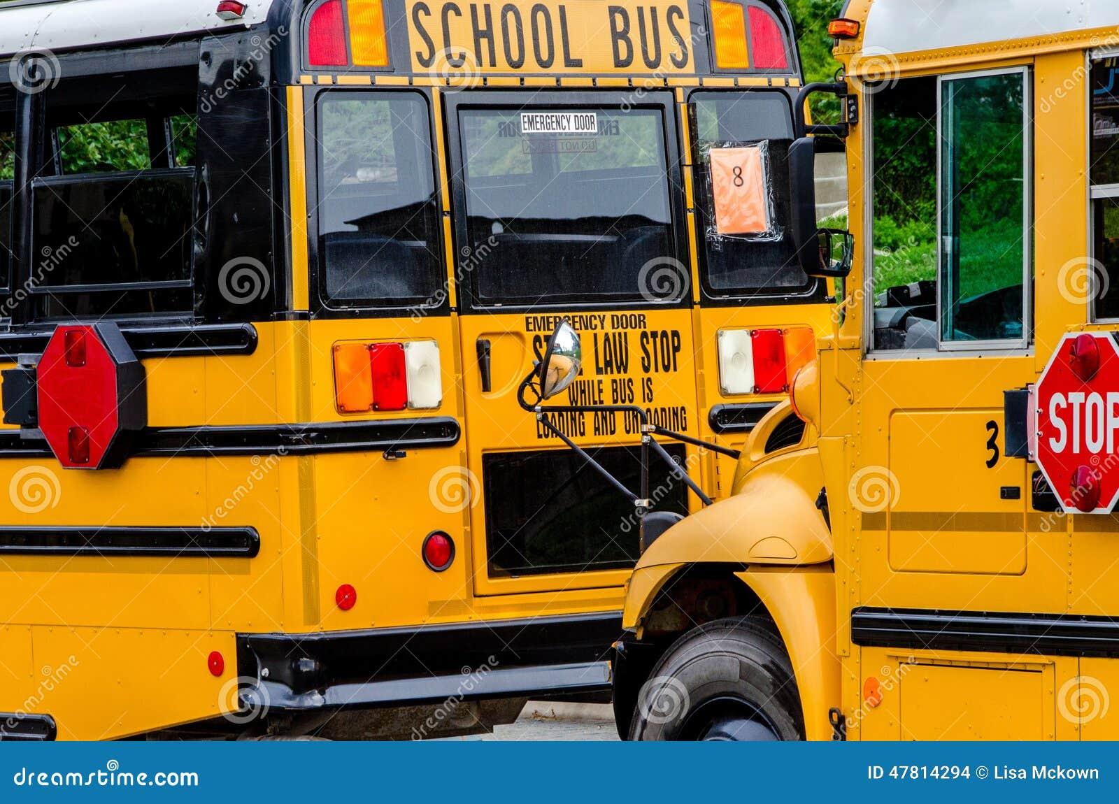 Schoolbus/Bussen in de stad