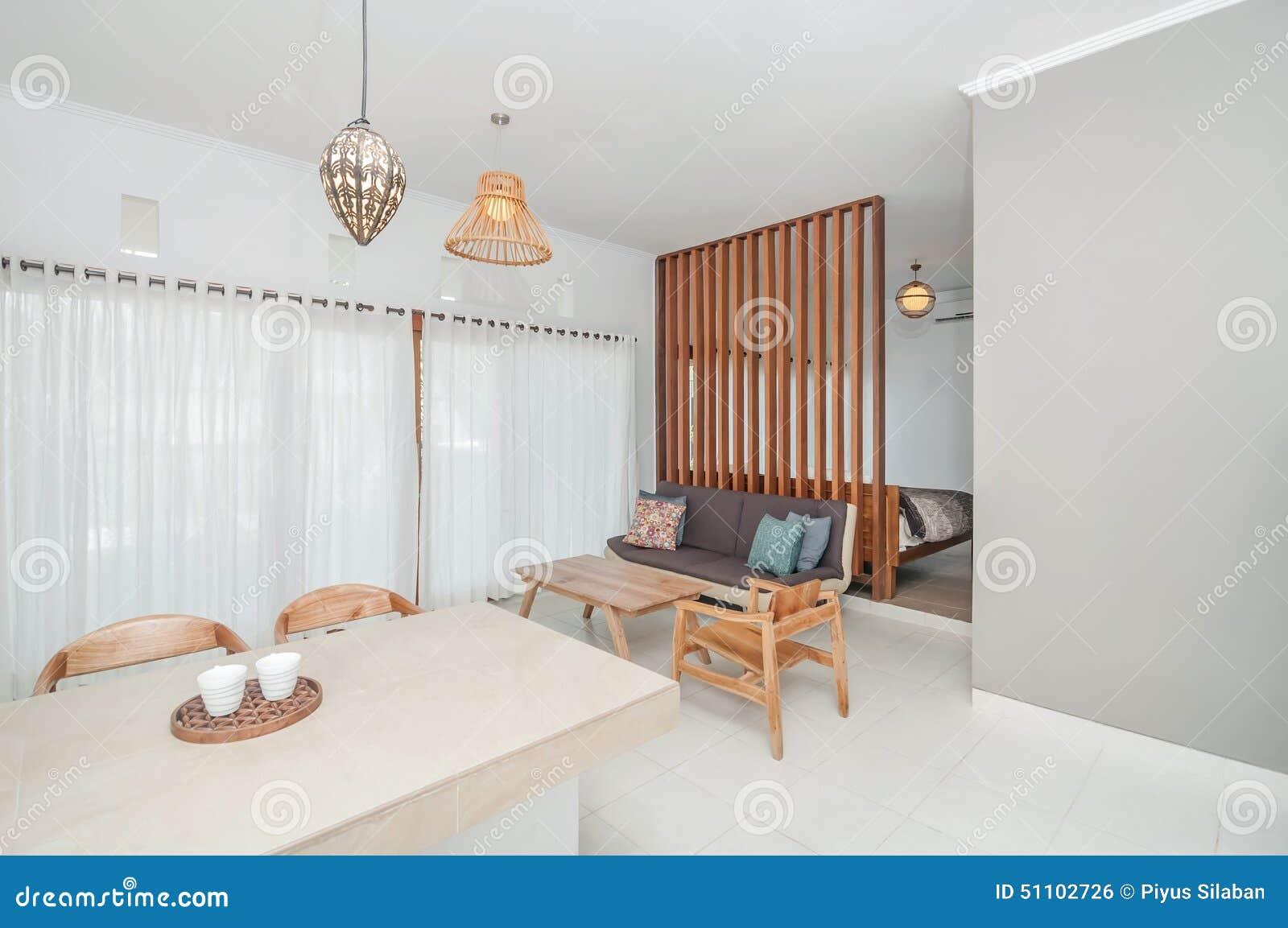 https://thumbs.dreamstime.com/z/schoon-woonkamer-en-slaapkamervilla-minimalistisch-ontwerp-51102726.jpg