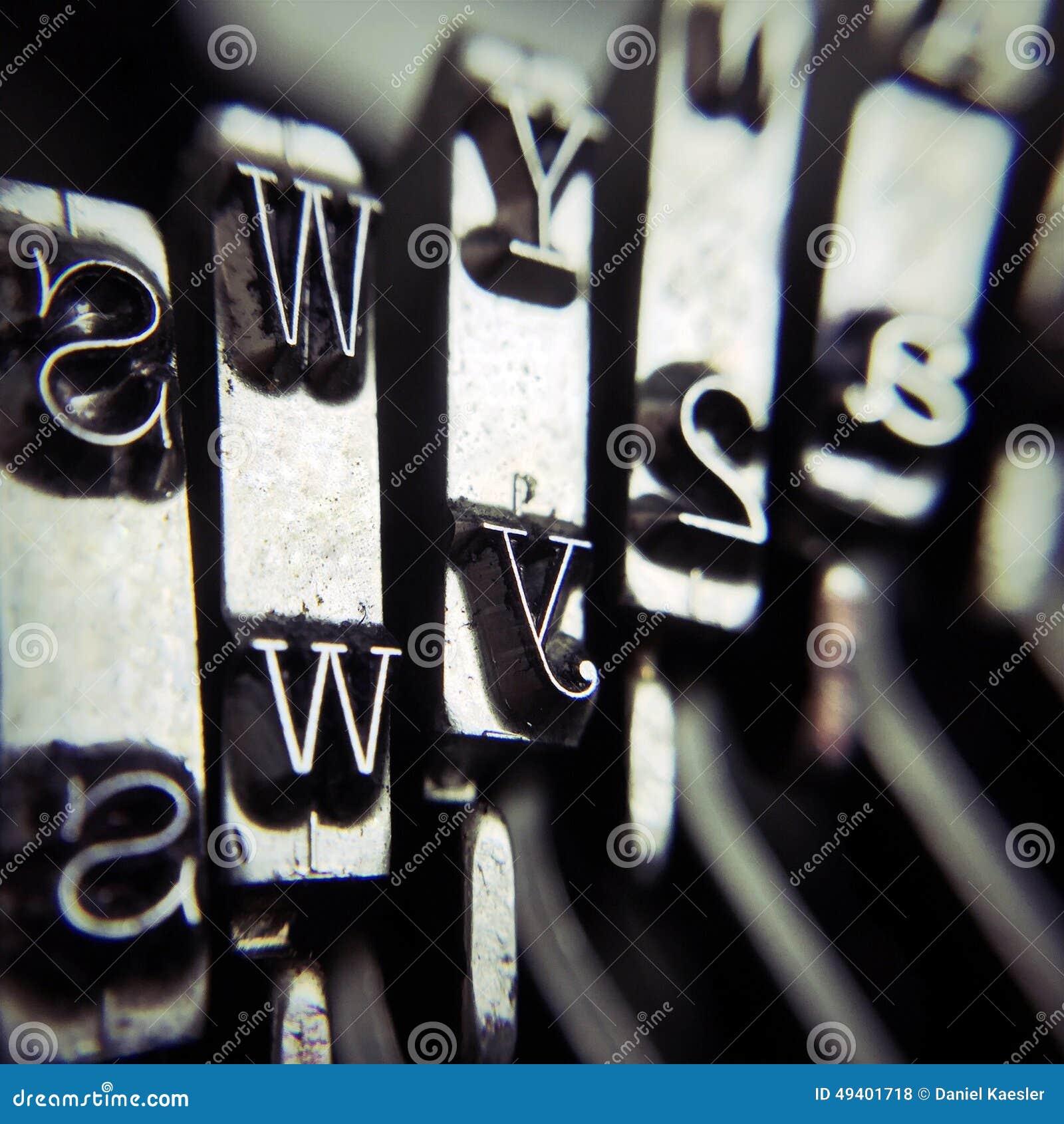 Download Schreibmaschinendetail stockfoto. Bild von schreiben - 49401718