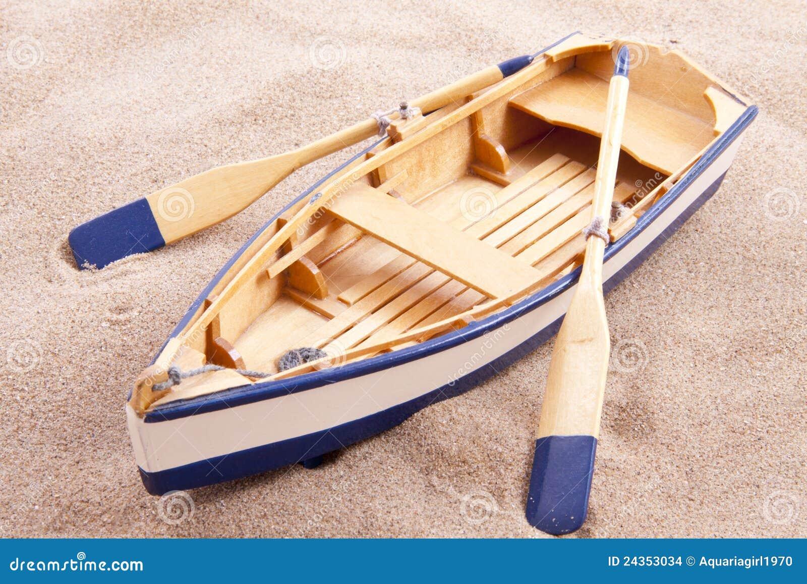Citaten Uit Klassieke Oudheid : Schrijver uit de klassieke oudheid weinig boot stock foto