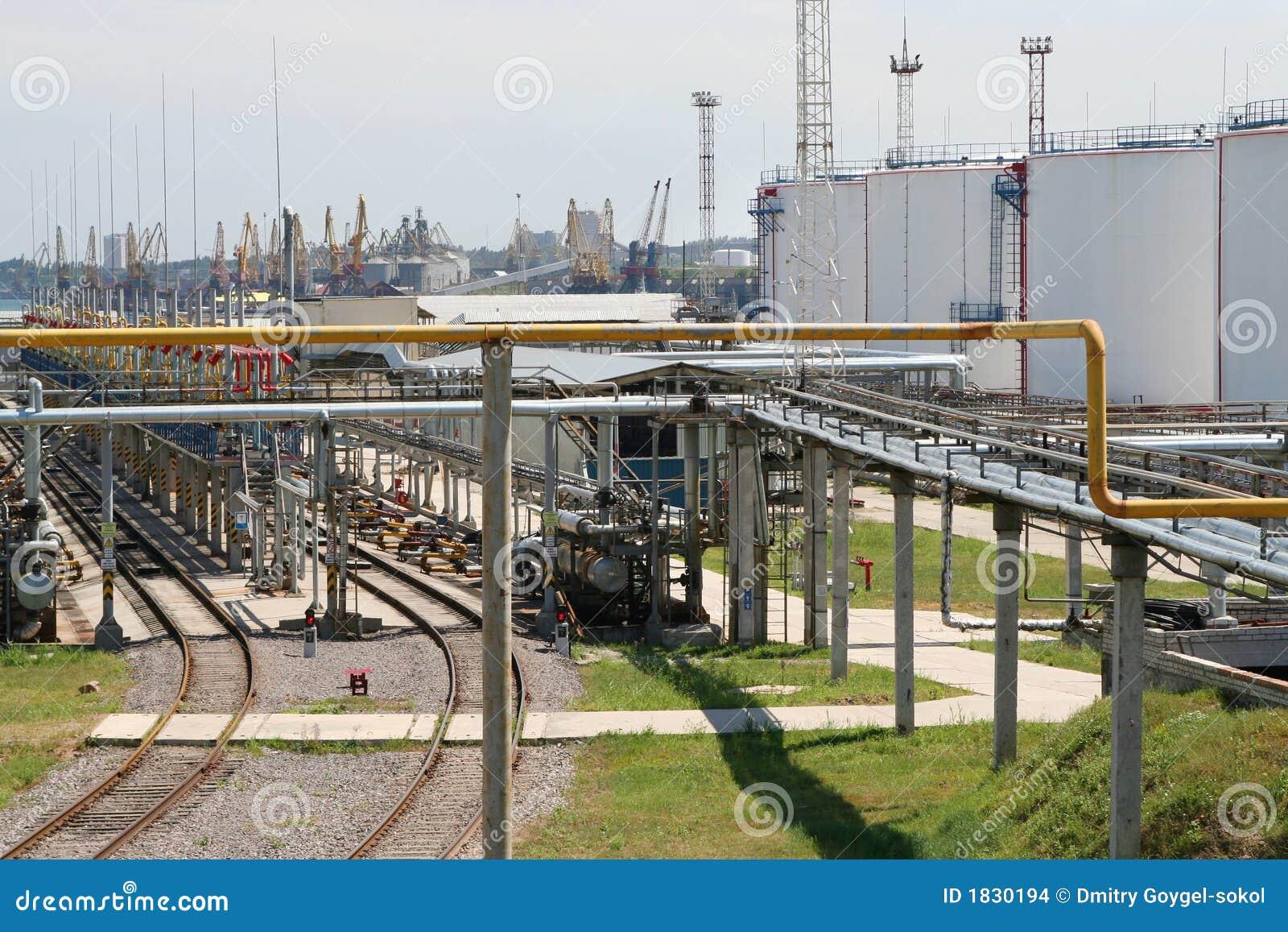 Schronienie oleju zbiorniki przewodów