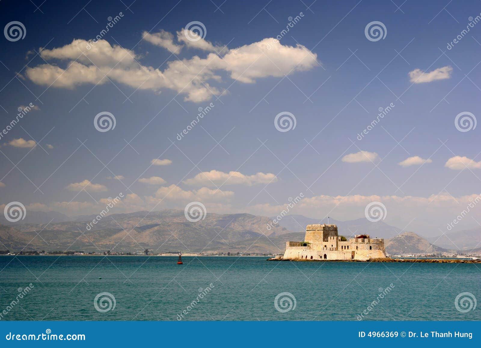 Schroniska nafplion fort Greece