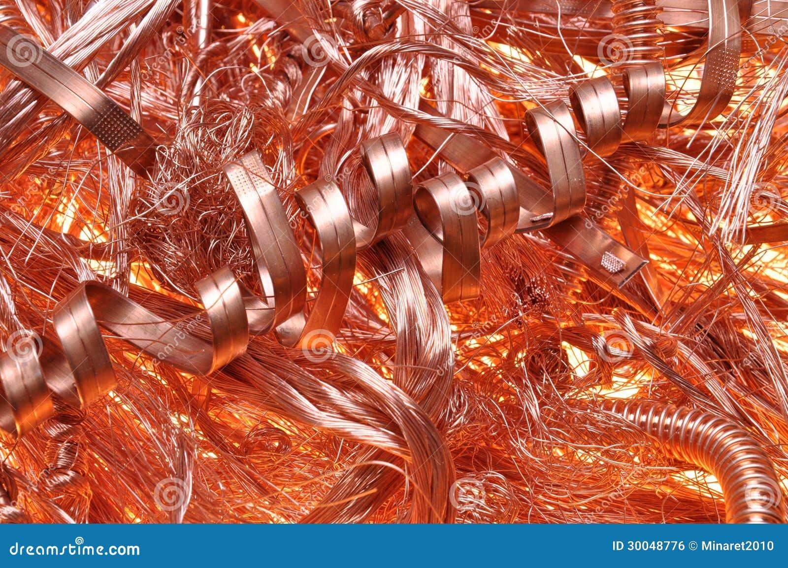 Schrott-Kupferdrähte stockfoto. Bild von porzellan, material ...