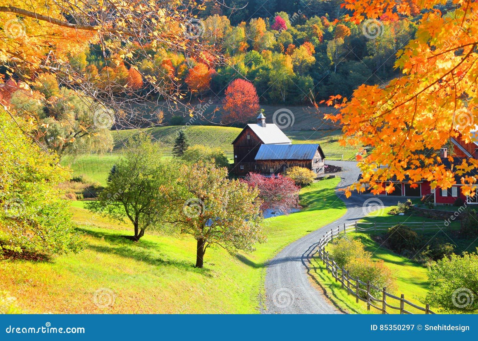 Schuur in de kant van het land van Vermont