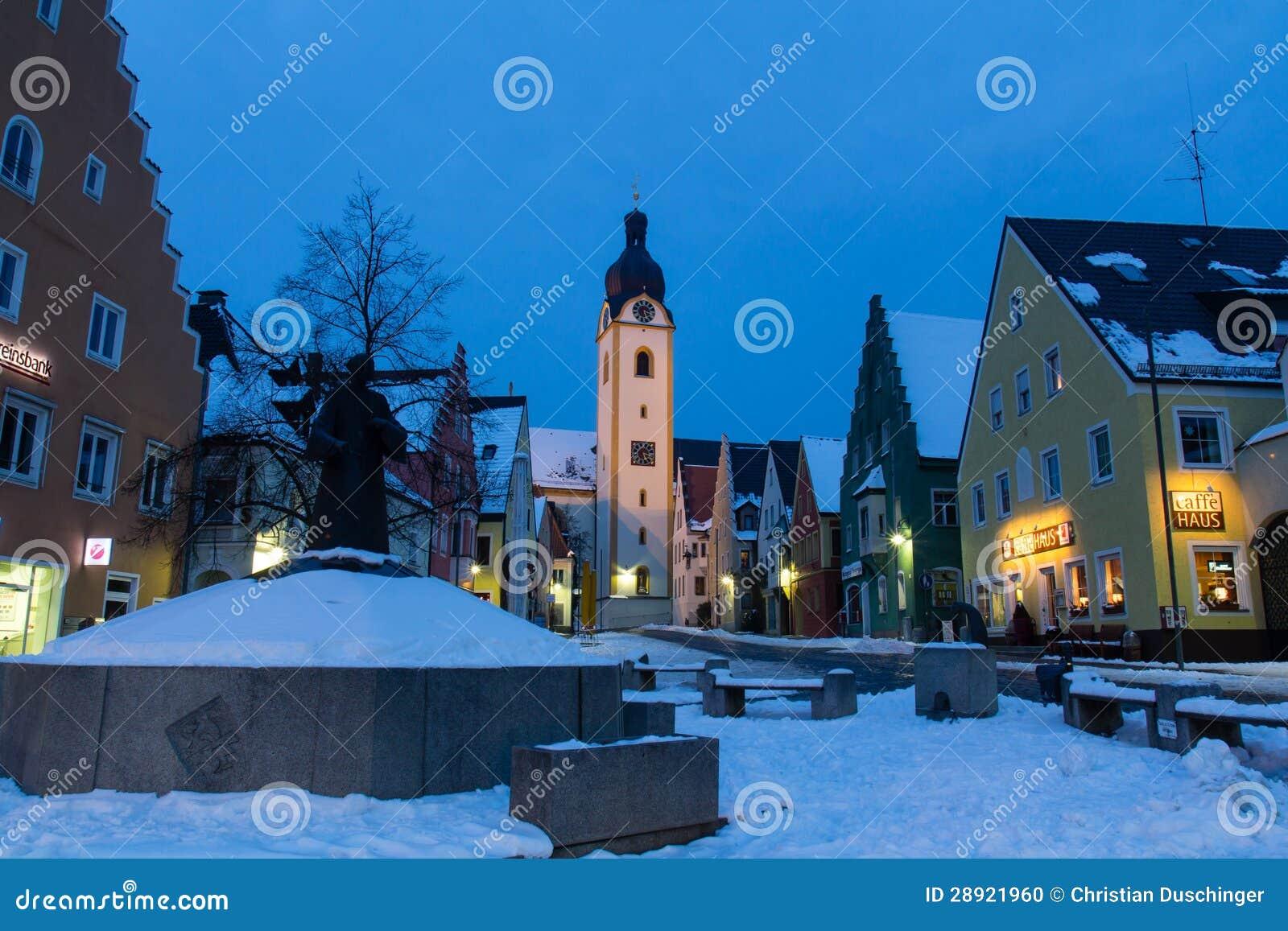 Schwandorf在晚上