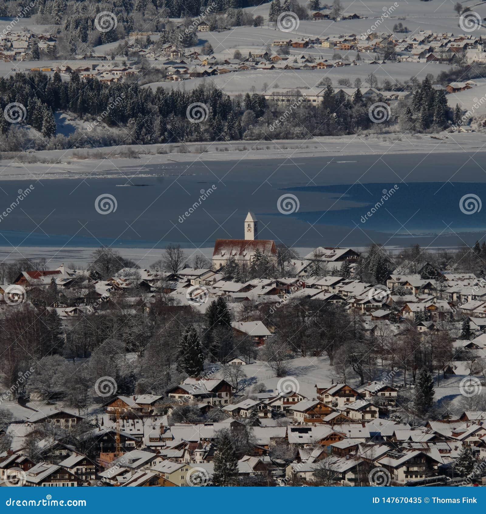 Schwangau Niemiecki miasteczko podczas zimy