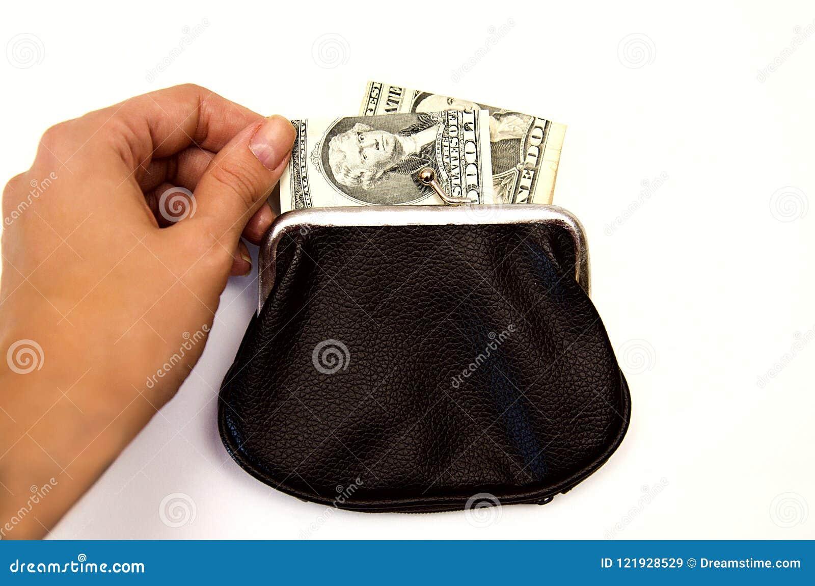 Schwarze Geldbörse mit Geld auf weißem Hintergrund