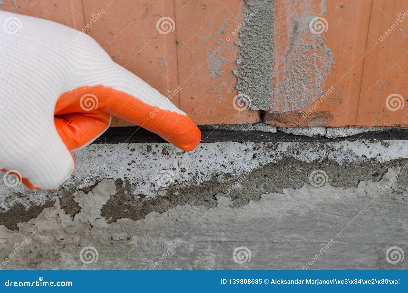 Schwarze Imprägnierungsmembran, Schicht, die Wände gegen Feuchtigkeit schützt, haarartige Feuchtigkeit