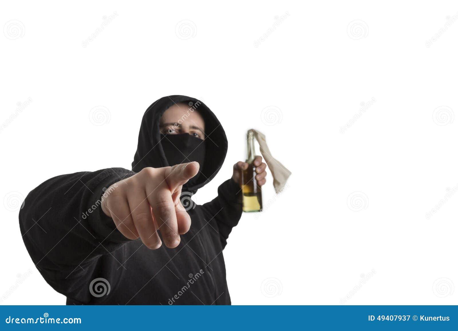 Download Schwarzer Blockgefährte Mit Molotowcocktail Stockbild - Bild von verkleidung, kriminell: 49407937