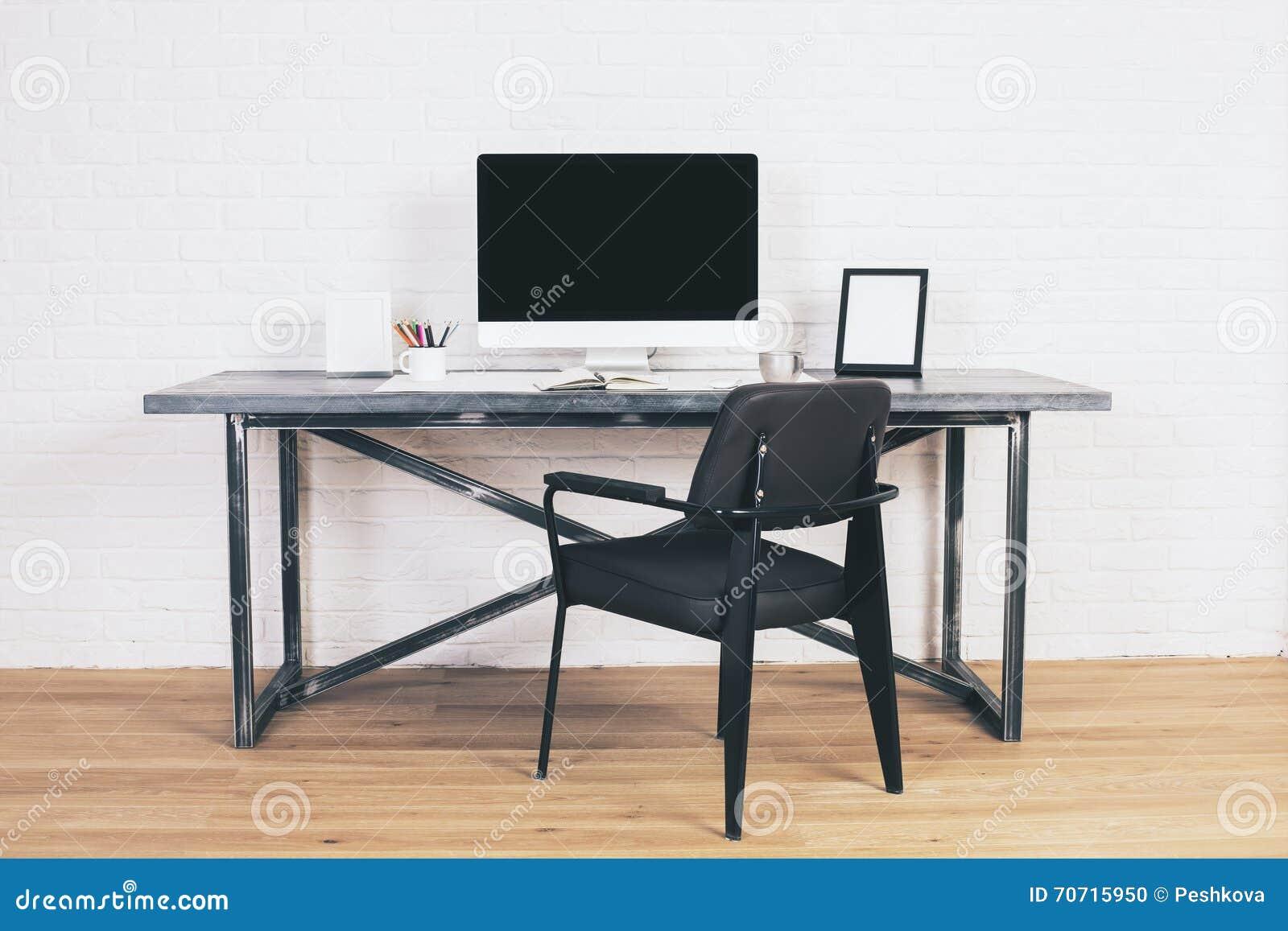 schwarzer stuhl latest oslo stuhl schwarz stck online kaufen bei woonio with schwarzer stuhl. Black Bedroom Furniture Sets. Home Design Ideas