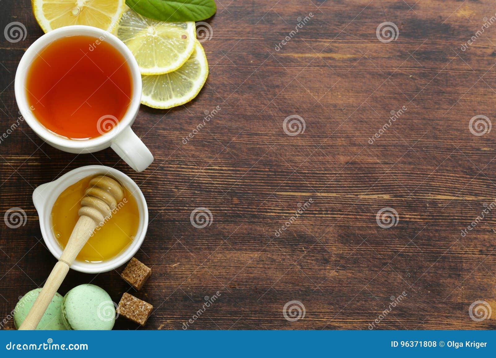 Schwarzer Tee Mit Zitrone Und Honig Stockfoto Bild Von Gesund