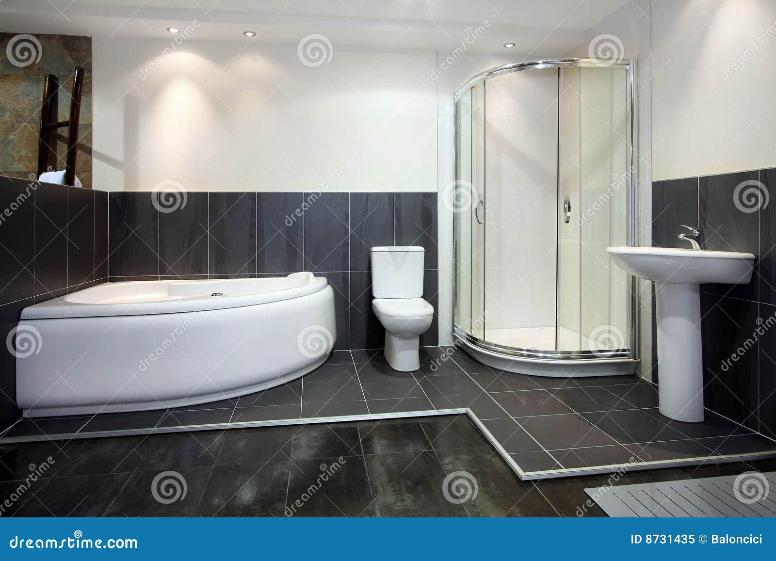 Schwarzes Badezimmer Lizenzfreies Stockfoto