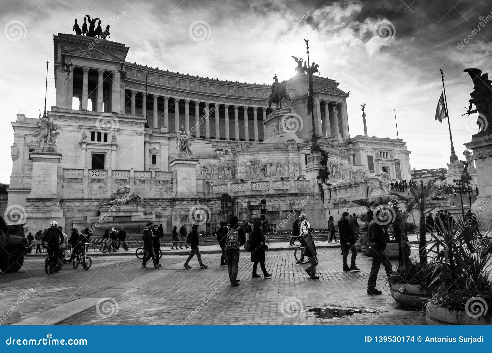 Schwarzweiss-Ansicht von Rom Vittorio Emanuele