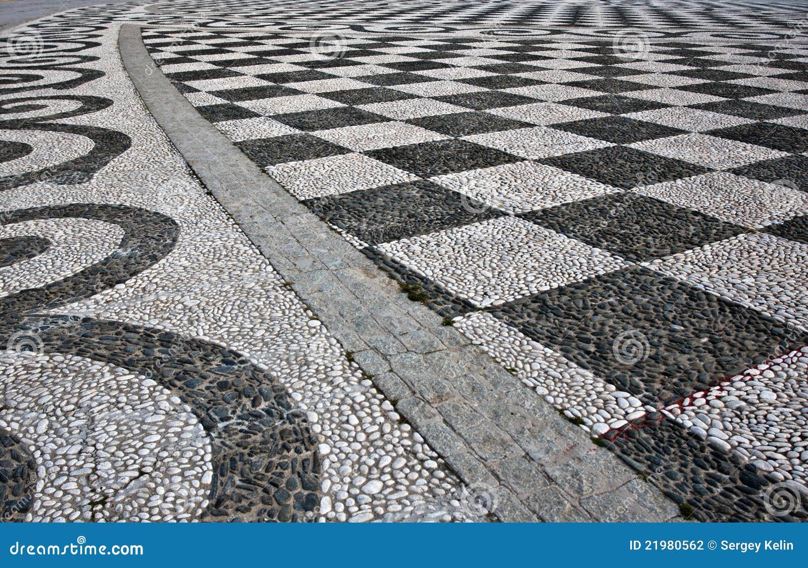 Schwarzweiss-Kontrolleur-Fußboden-Fliese-Muster