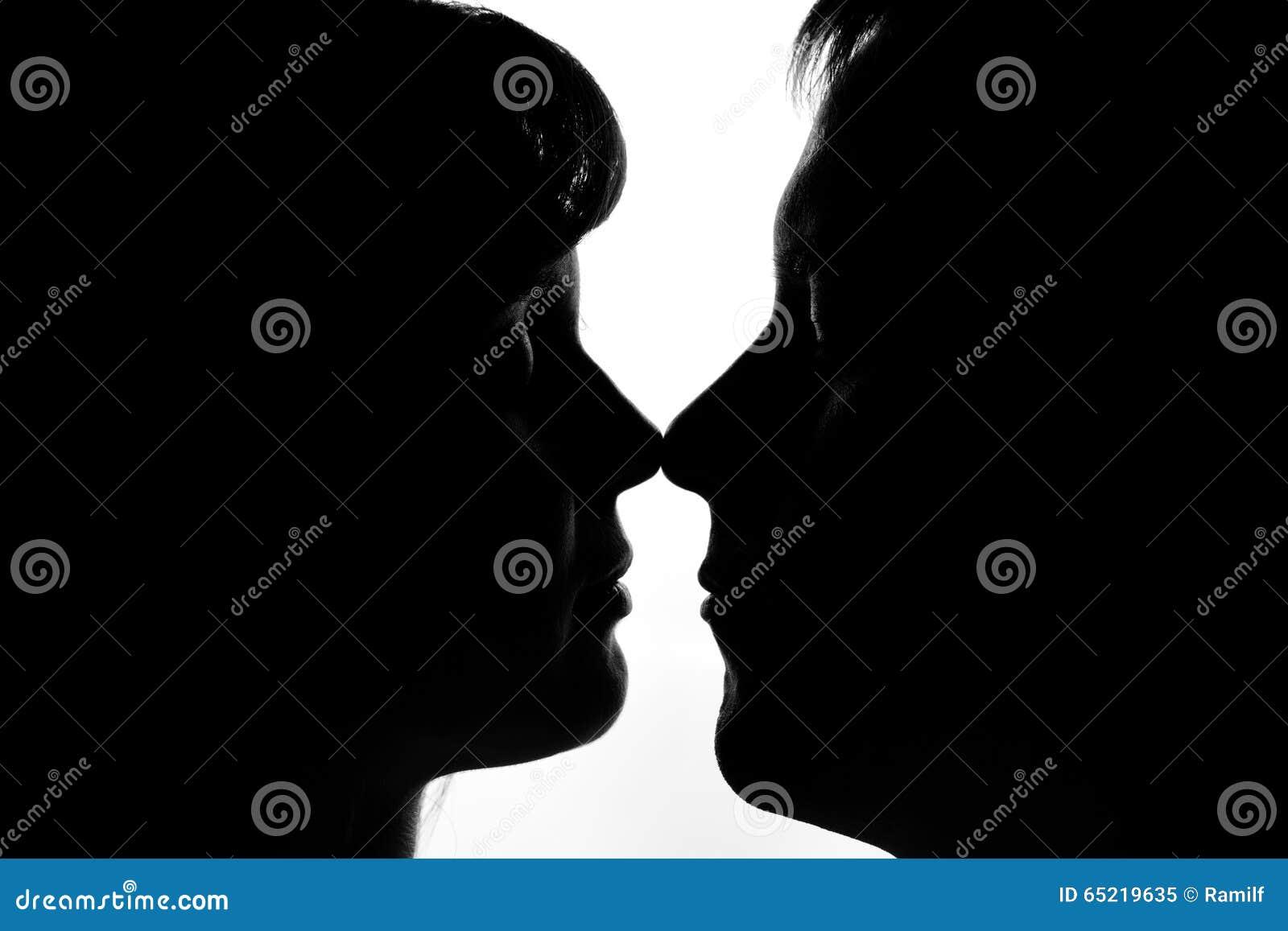 Schwarz weiß bilder liebespaar