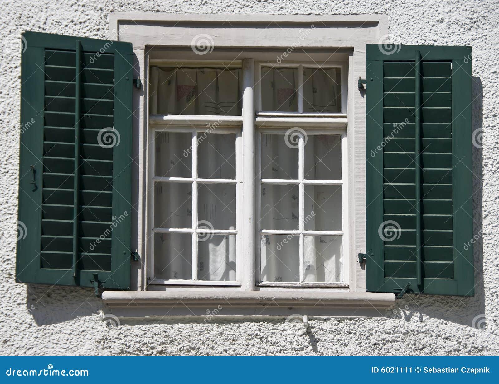 Schweizer fensterdetail stockbild bild 6021111 - Download er finestra ...