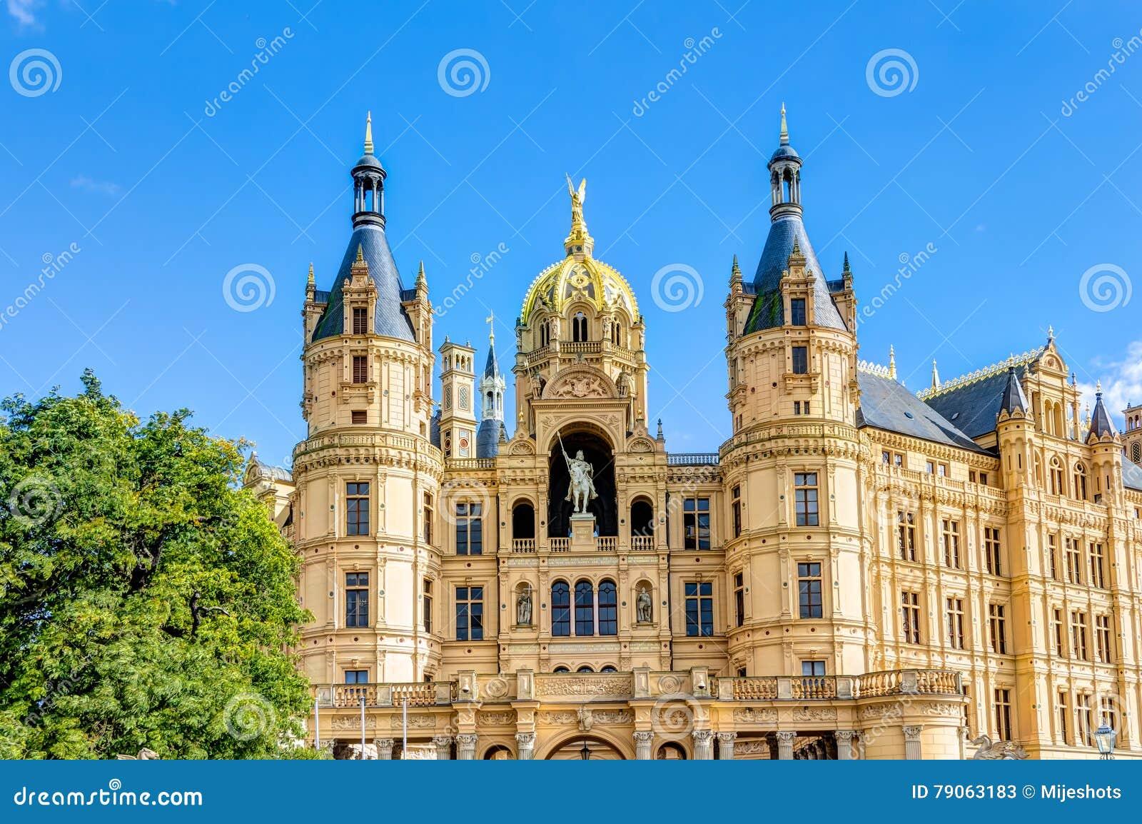 Schwerin pałac w romantycznym Historicism architektury stylu