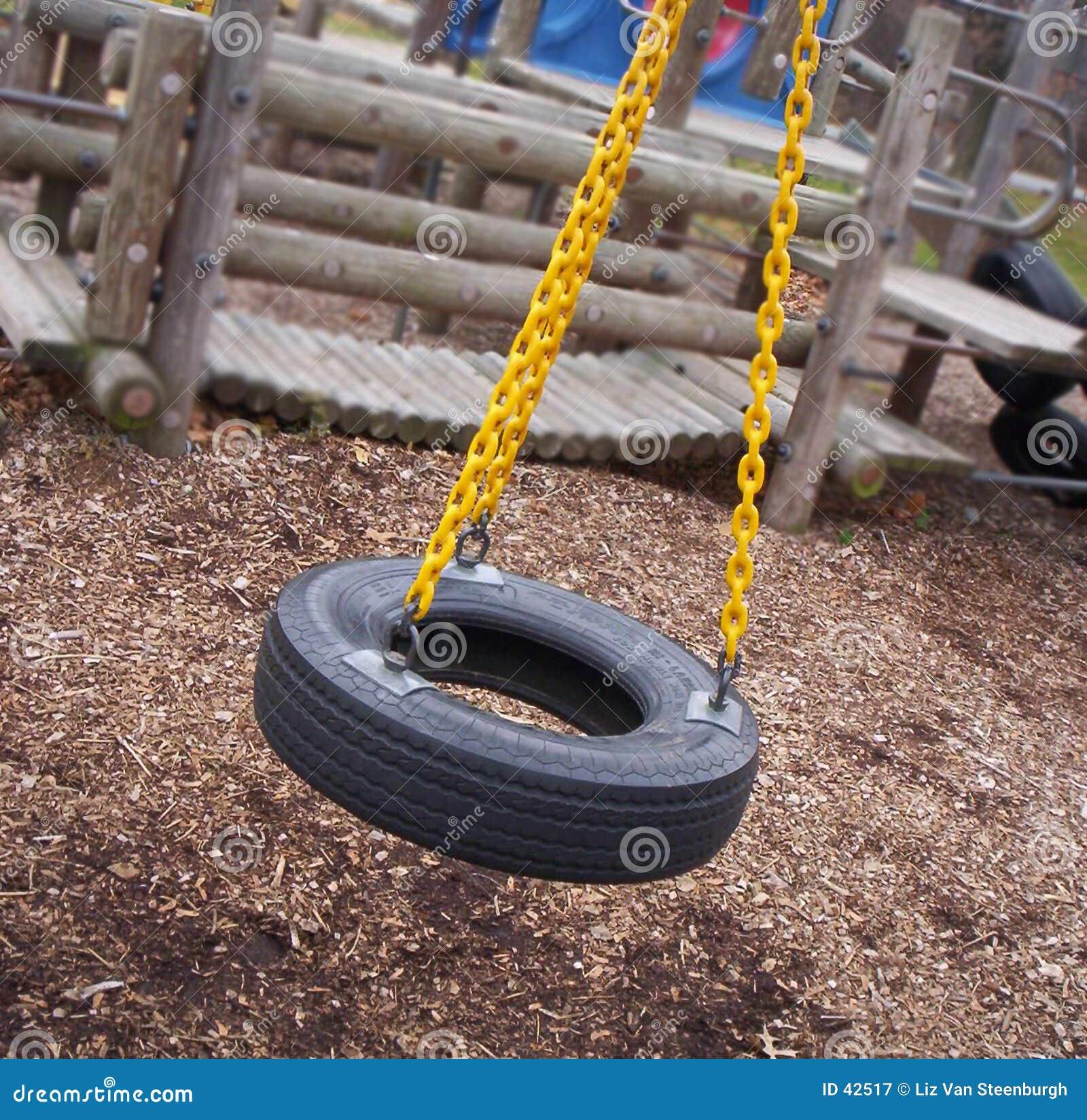 Download Schwingenzeit stockbild. Bild von aktivität, park, frühling - 42517