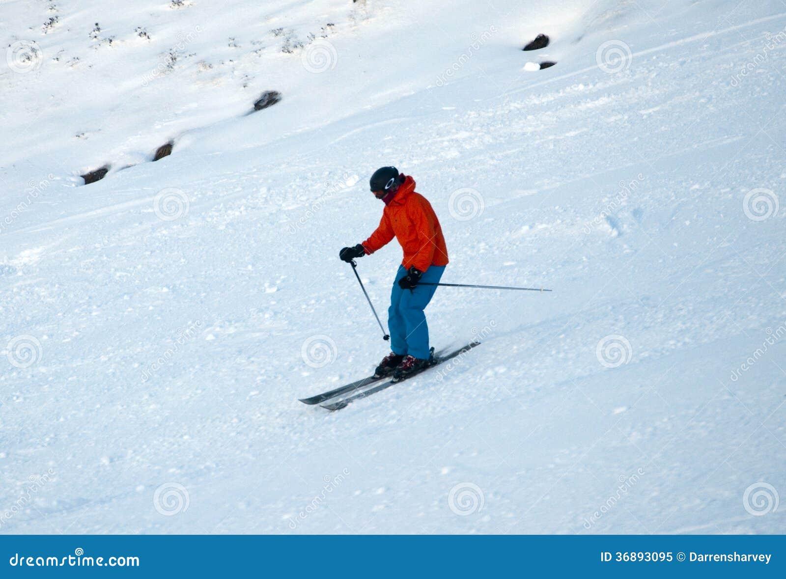 Download Sciando Sulla Montagna Di Cairngorm In Scozia Immagine Editoriale - Immagine di azione, sport: 36893095