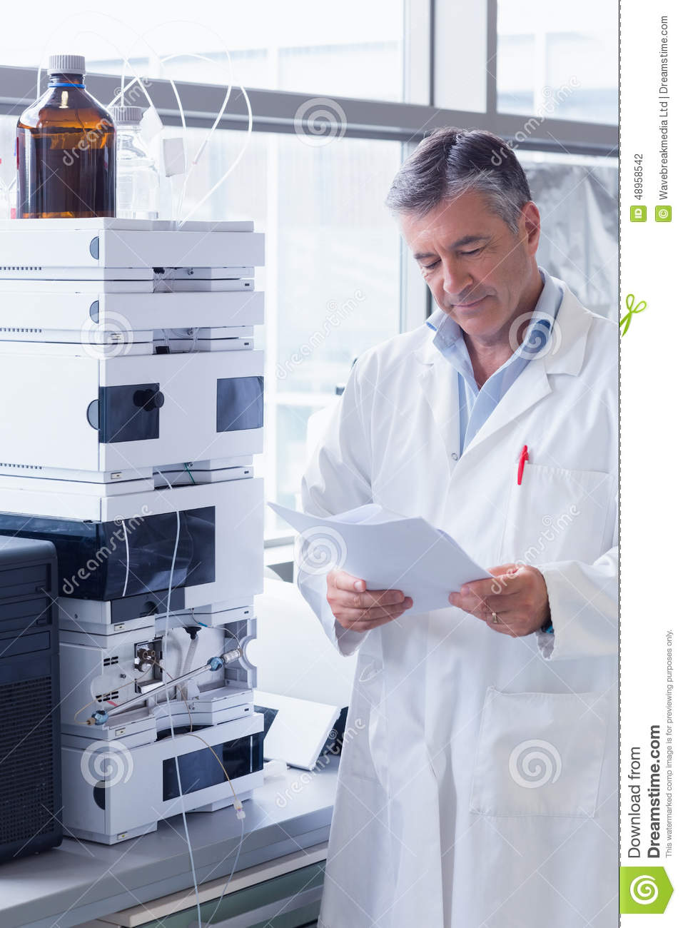 business plan analysis for starch lab A standard business plan consists of a single document divided into several sections including a description of the organization, the market research, competitive analysis, sales strategies, capital and labor requirements, and financial data.