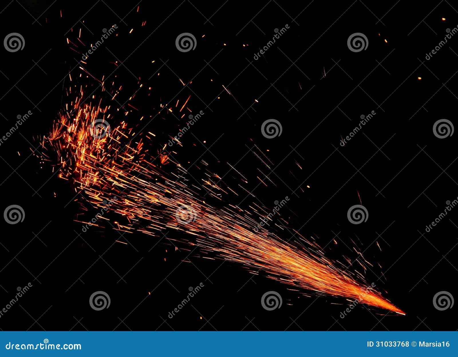 Scintille di fuoco sul nero