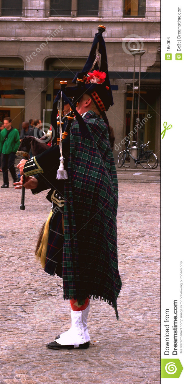 Scottish piper in Amsterdam
