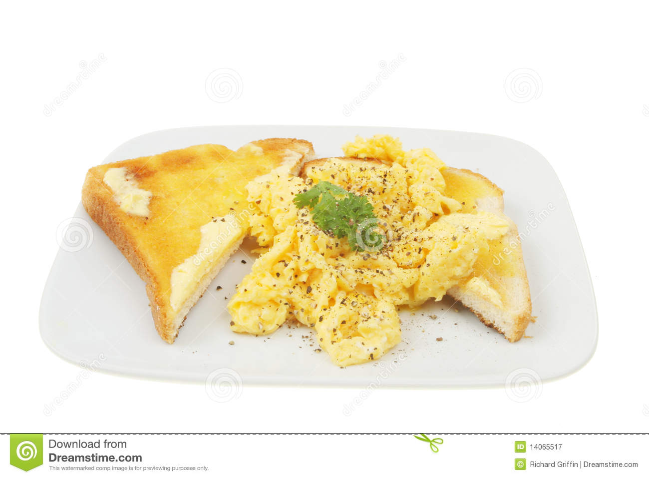 Scrambled Eggs On Toast Royalty Free Stock Photography - Image ...