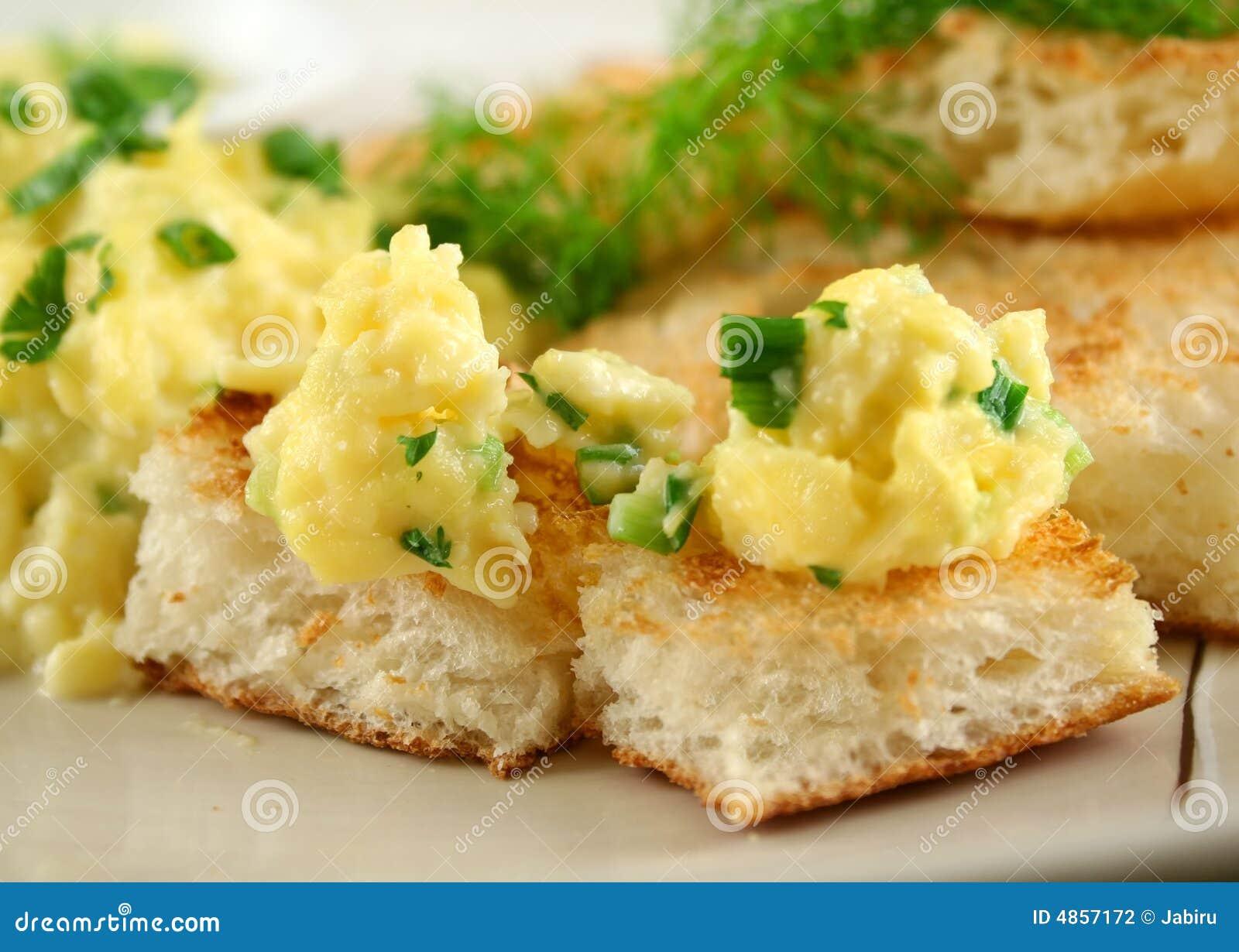 Scrambled Eggs On Toast Stock Photography - Image: 4857172