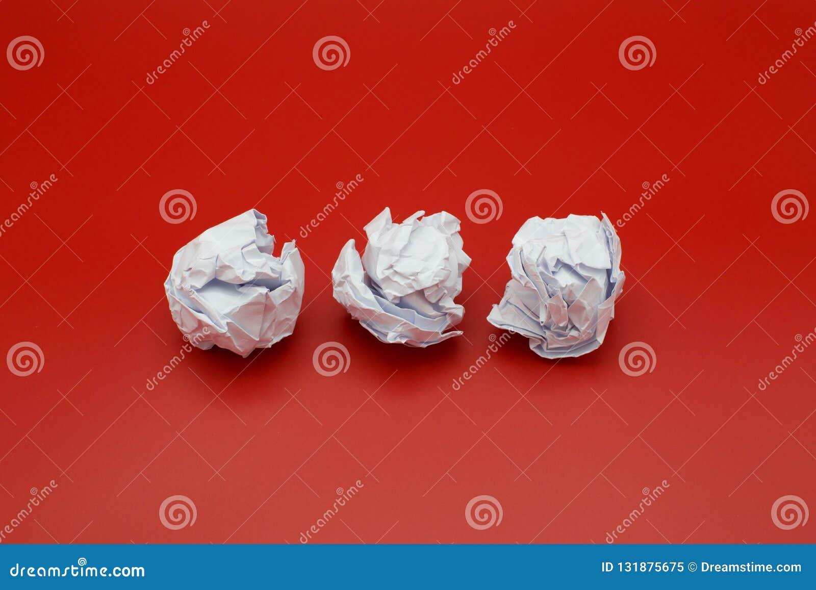 Screwed-up-paper