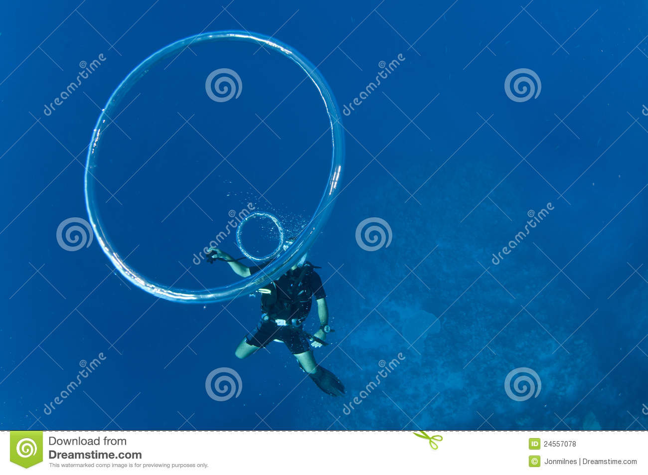 ring to rings underwater diver bubble blow how a an sport