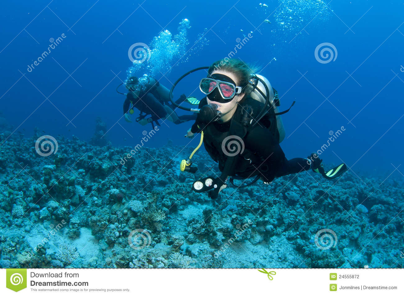 Scuba diver with red mask