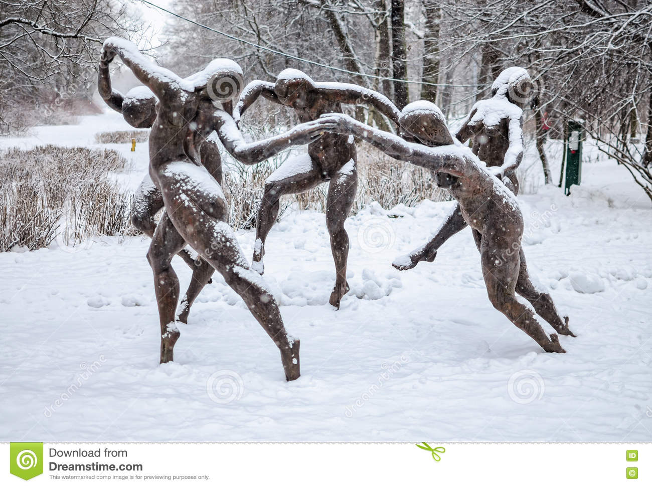 The Sculpture Dance Based On The Henri Matisse Painting In ...