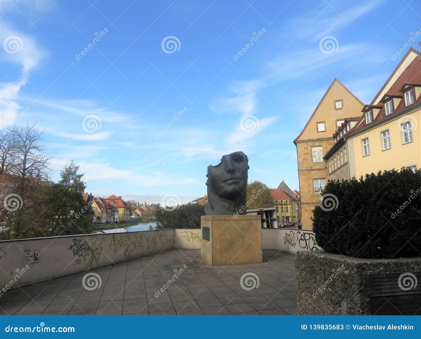 Sculpture par Igor Mitorai