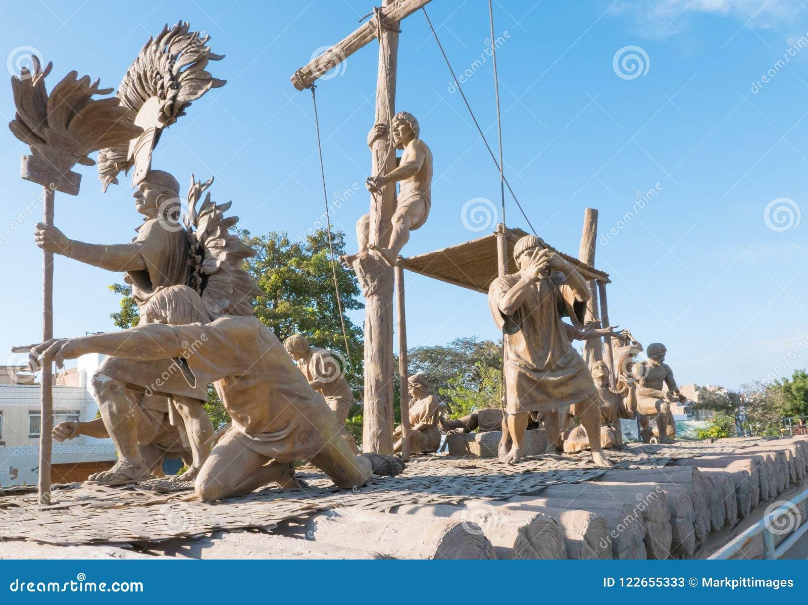 Sculpture sur bois Chiclayo Pérou en promenade de Yortuque