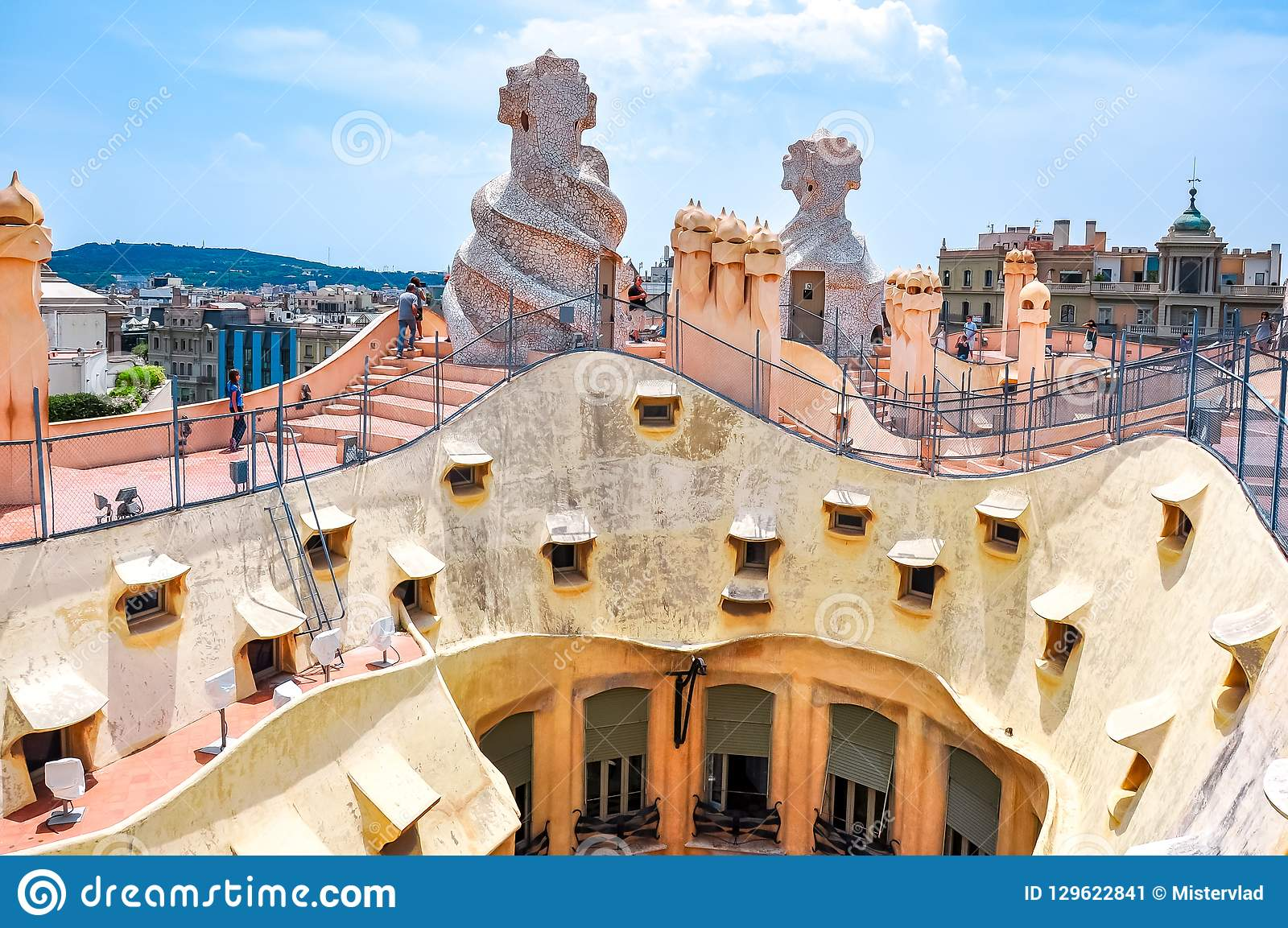 sculptures on casa mila la pedrera house roof top designed. Black Bedroom Furniture Sets. Home Design Ideas
