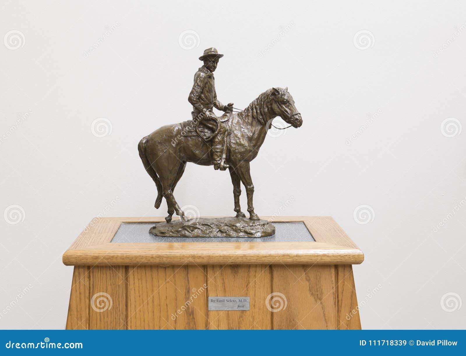 Scultura bronzea di Will Rogers a cavallo, Claremore, Oklahoma