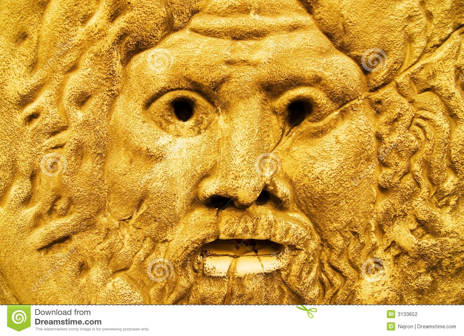Scultura dorata dello Zeus