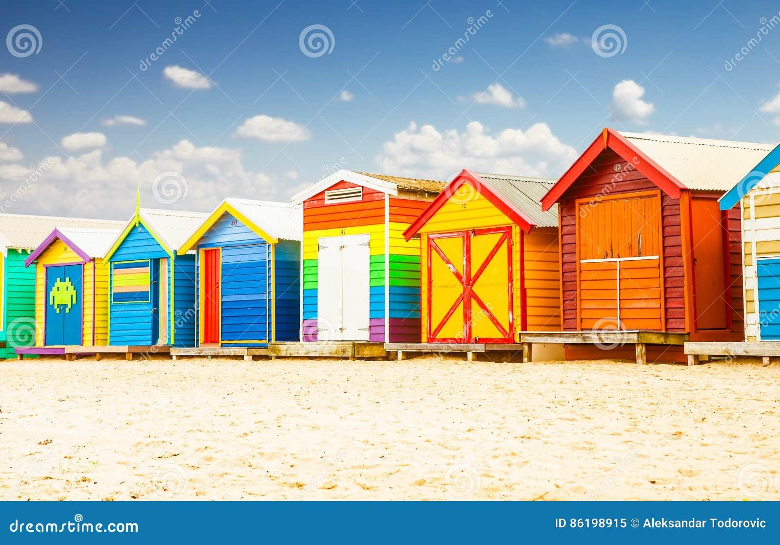 Se baignant les maisons à Brighton échouent à Melbourne, Australie