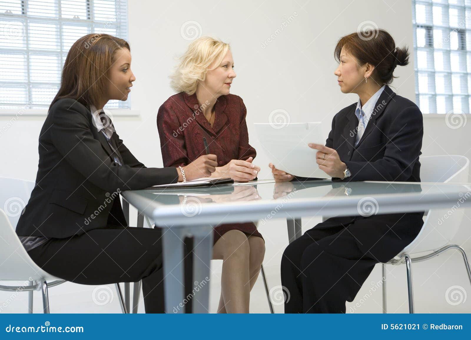 Se réunir de femmes d affaires